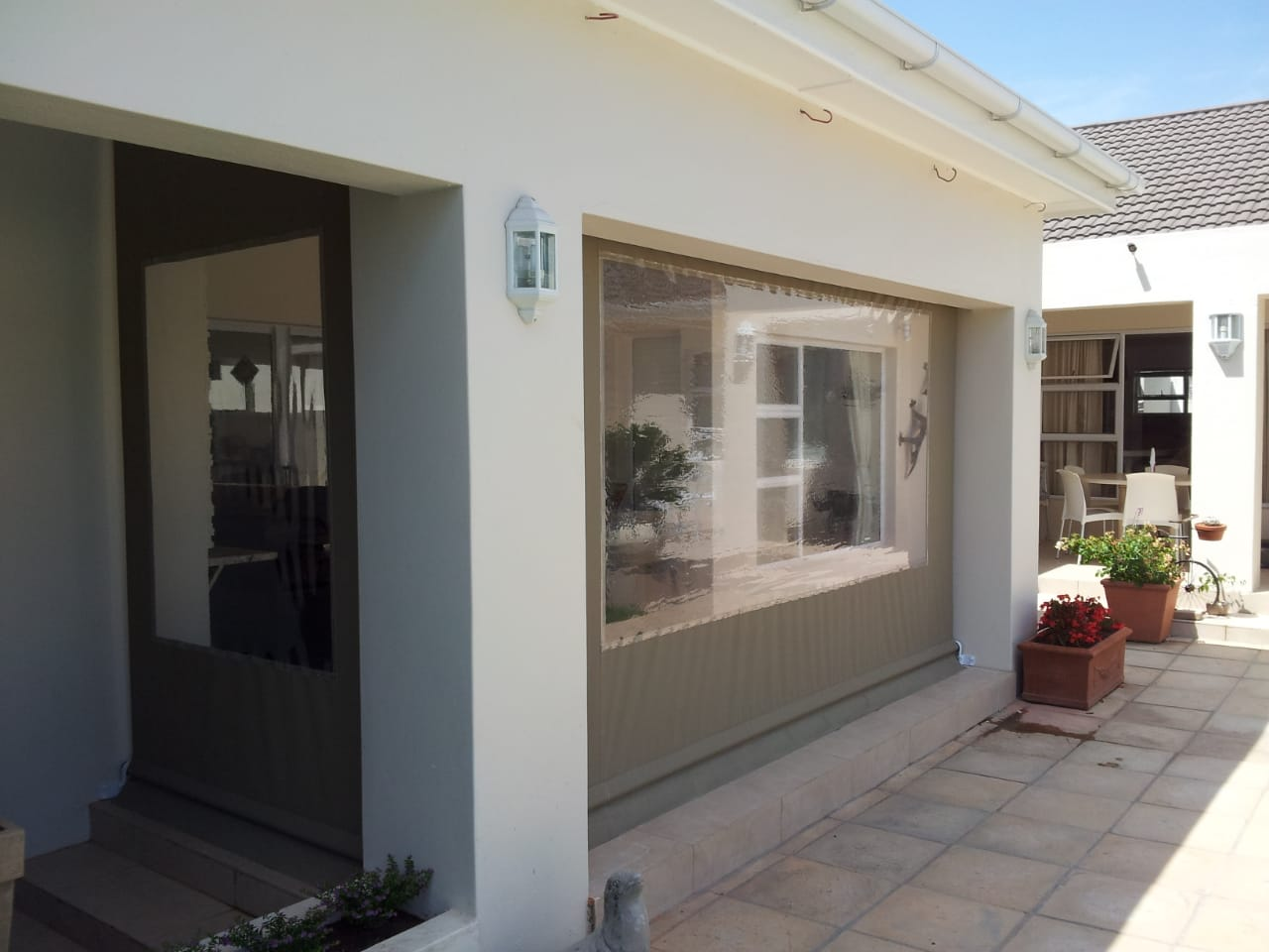 Outside Blinds Cape Town - Wattie Pergolas